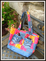 http://ginascraftcorner.blogspot.com/search?q=casual+friday+bag