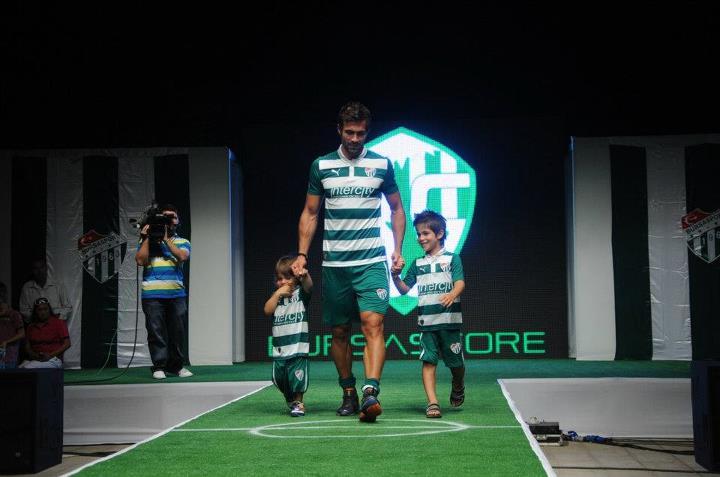 2012   2013 Sezonu Bursaspor   Ubuklu Forma