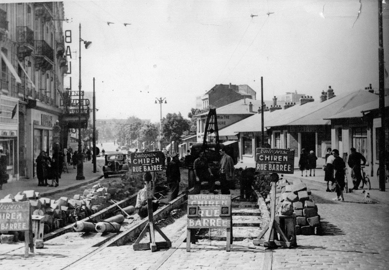 Photos historiques du réseau havrais (bus, tram, funi...) - Page 8 Cit%C3%A9+commerciale+0605188PCMM
