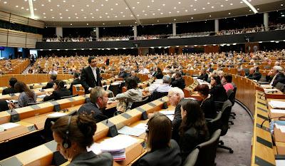 Bruxelas quer vigilância reforçada até ao pagamento de 75% do empréstimo a Portugal