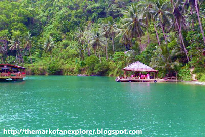 bohol loboc floating restaurant