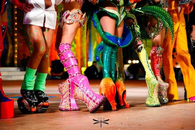 ElMundoatravésdeloszapatos-leticia-oliva-lekue-elblgodepatricia-shoes-zapatos-calzature
