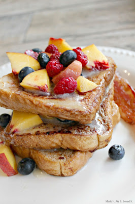 French Toast with Buttermilk Syrup and Fruit