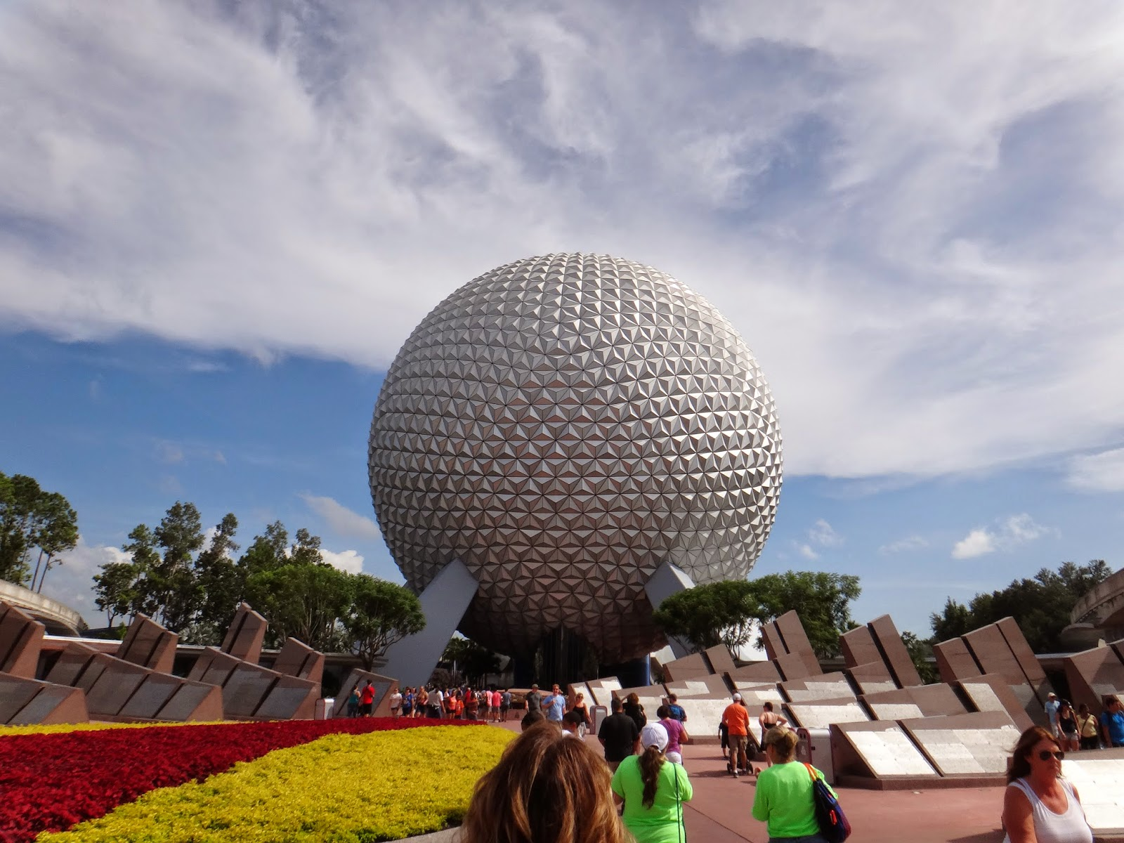 Walt Disney World Tourist Epcot Future World Spaceship