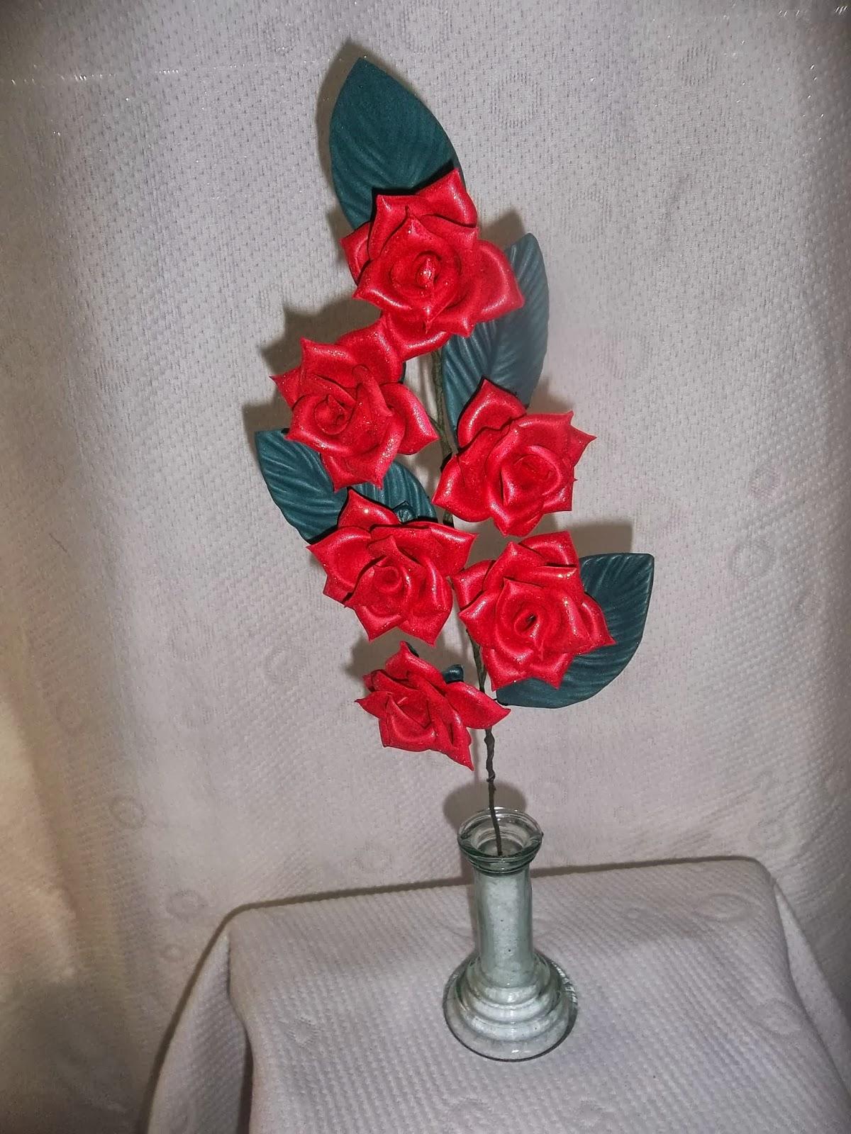 Flores En Goma Eva: Centro de Mesa de Rosas