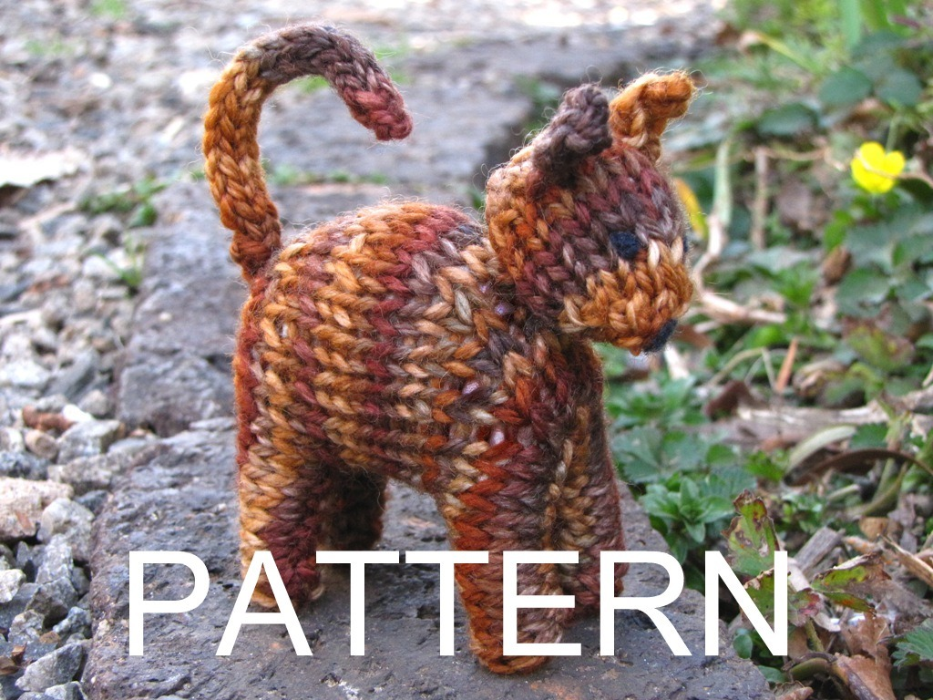 Cat Design Knitting Pattern : Cat Knitting Pattern and Giveaway - Natural Suburbia