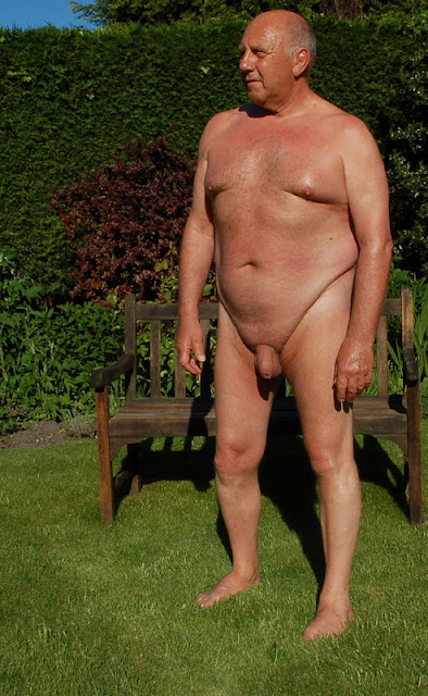 ParkBench01 Silver Daddy with Uncut Cock