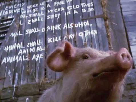 Snowball recita los siete mandamientos en Rebelión en la granja - Cine de Escritor
