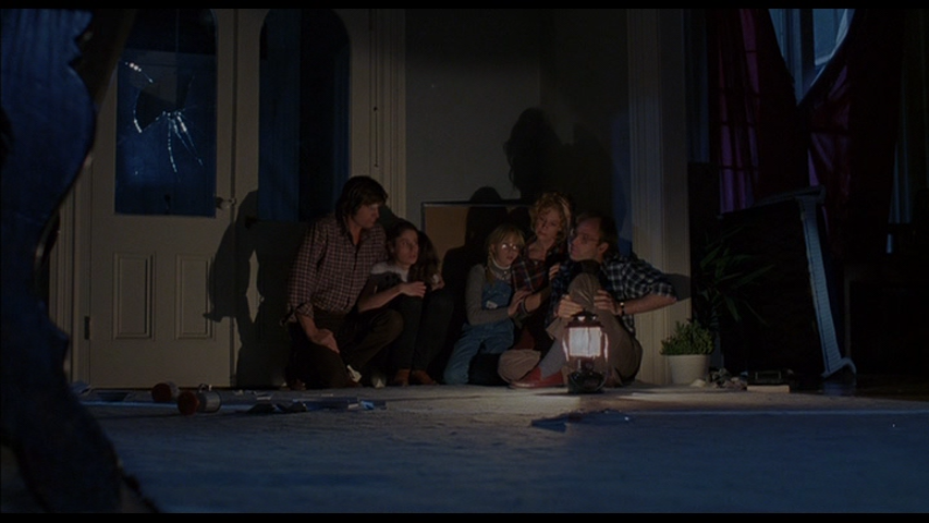 Dr. Potter's family trapped in Alone In The Dark (1982)