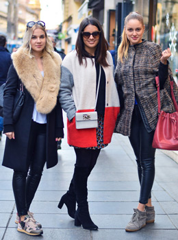 The list of 10 popular street style fashion in winter 2014/15 1. Over the knee boots 2. Sneakers 3. Leather look leggings  4. Mini bags 5. Bucket bags 6. Faux fur coats 7. Faux fur collars 8. Fedora hats 9. Fringes 10. Ankle boots