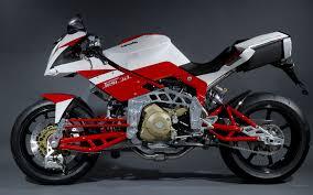 5-Alasan-Memilih-dan-Membeli-Motor-Sports-(www.motroad.com)
