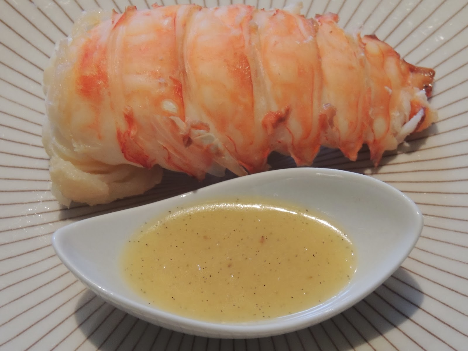 Midi cuisine queue de langouste au beurre vanill for Cuisine queue de langouste
