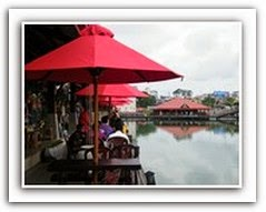FLOATING MARKET PETTAH COLOMBO