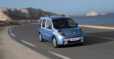 Mercedes garage mercedes anuncia modelo baseado no kangoo for Garage mercedes maubeuge