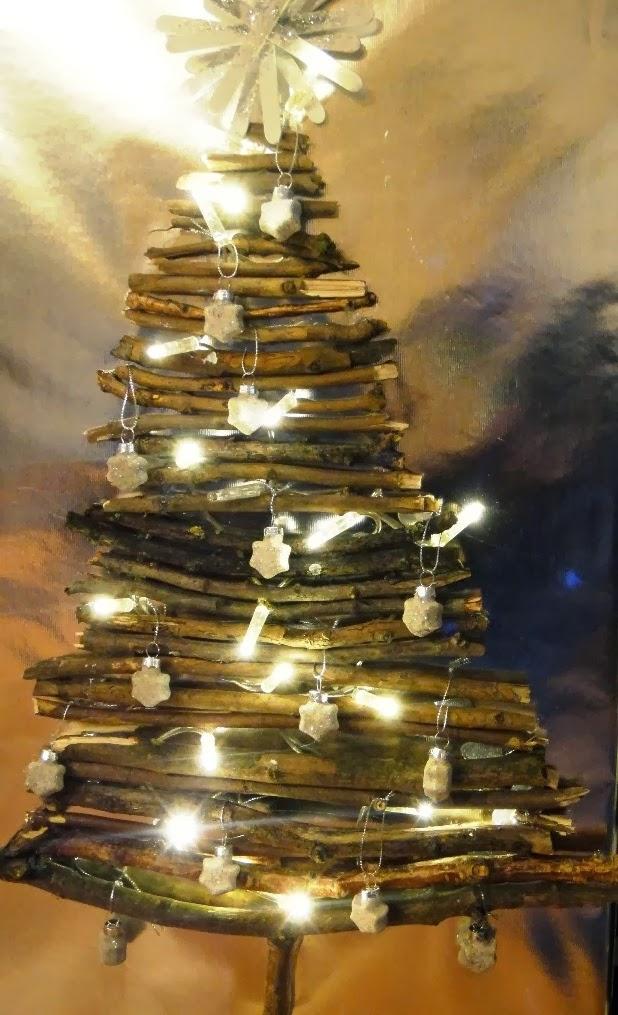 ines felix kreatives zum nachmachen weihnachtsbaum aus sten. Black Bedroom Furniture Sets. Home Design Ideas