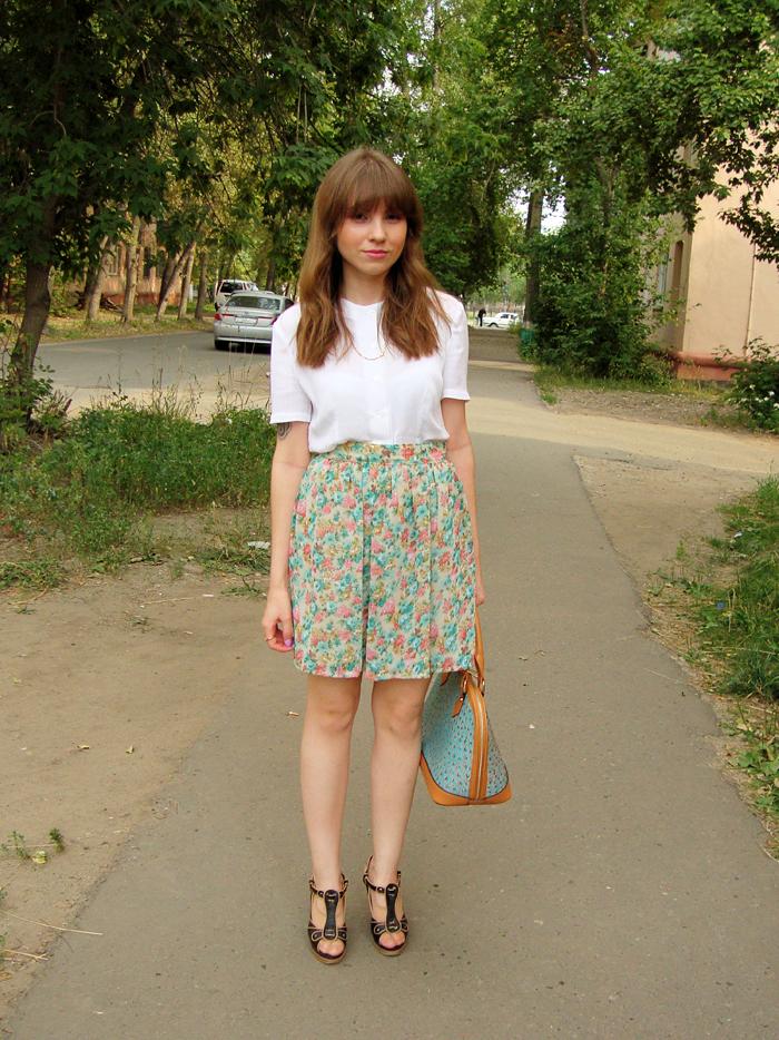 Outfits, Handmade, Blouses, Floral Print, Skirt Floral Print, Lisette, Shoes, Handbag, Bags, Nucelle, High Heels, LIVE