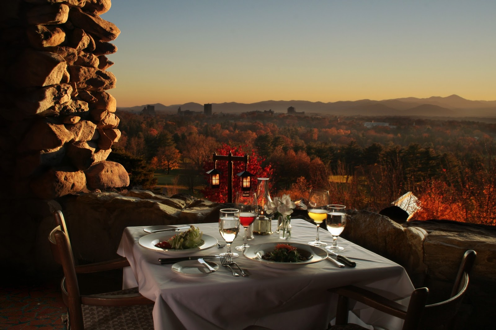 Top 10 romantic restaurants asheville north carolina for Terrace on the park restaurant
