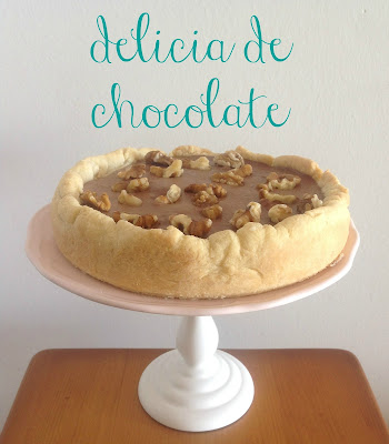 tarta deliciosa de chocolate y nueces