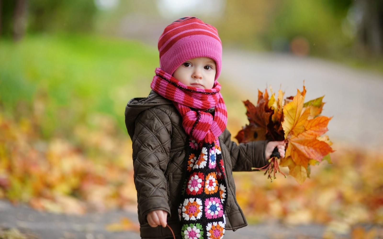 "<img src=""http://4.bp.blogspot.com/-vDYMokNCvpk/Uud4sJsteLI/AAAAAAAAKdk/XBvnp7-lT2w/s1600/cute-baby-in-autumn-wallpaper.jpg"" alt=""cute baby in autumn wallpaper"" />"