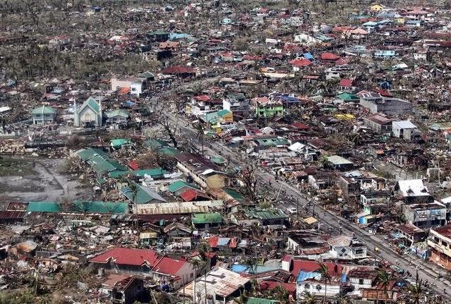 serangan badai haiyan