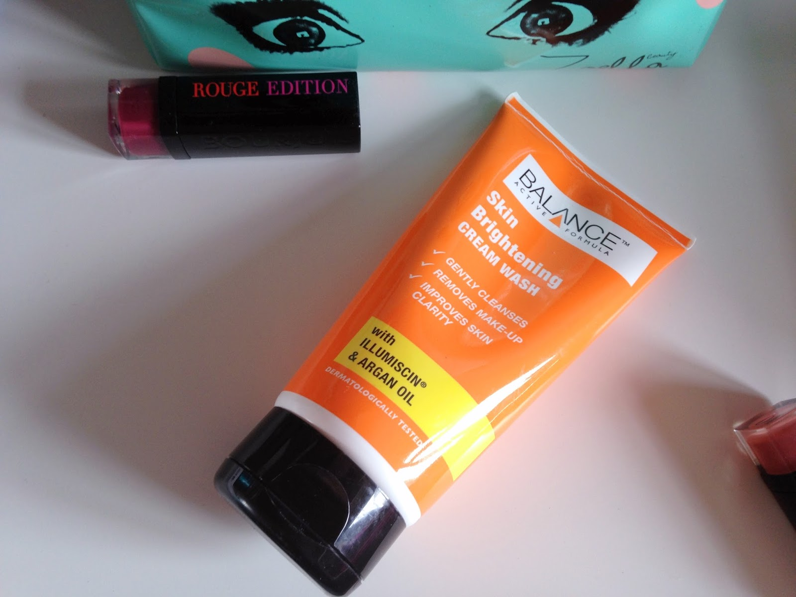 Balance Active Formula Skin Brightening Cream Wash