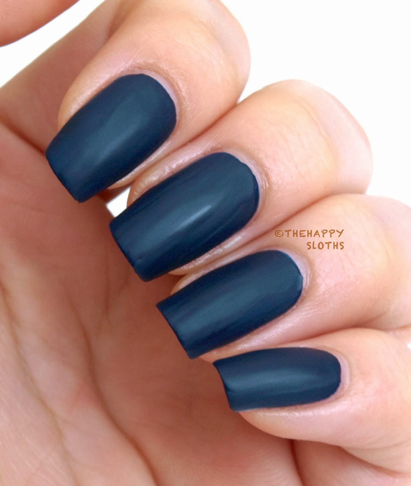 Revlon Nail Art Shiny Matte Nail Enamel in \