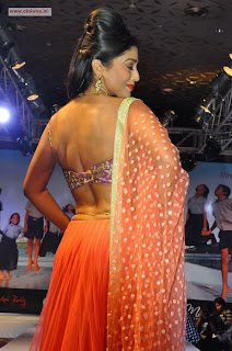 Shriya-Ramp-Walk-Stills