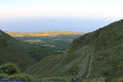 Frangokastello plain from the zig zag road to Kallikratis village