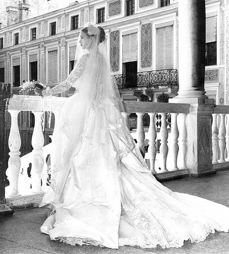 Булчинската рокля на Грейс Кели