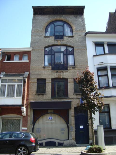 Paseos art nouveau fen tre 2 quartier saint gilles 40 for Art nouveau fenetre