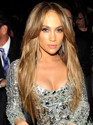 Jennifer Lopez Cleavage on Fun Jennifer Lopez At An American Idol Finalist Party  Her Midriff Is