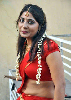 Actress Reshmi Red Saree Below Navel Show Photos