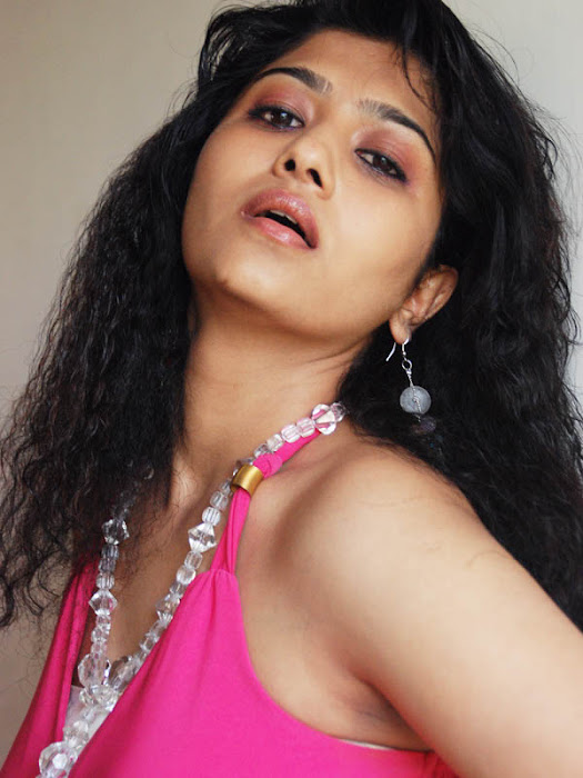 liya sree expression actress pics