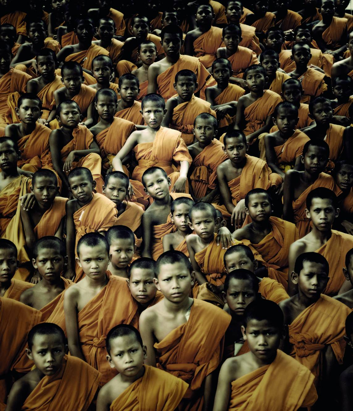 Stunning Photographs Of The World's Last Indigenous Tribes - BUDDHIST MONKS