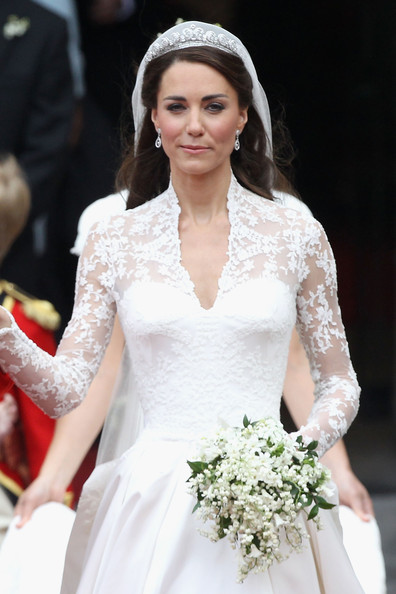 Kate's Wedding Dress on Display - Fashion meets Food