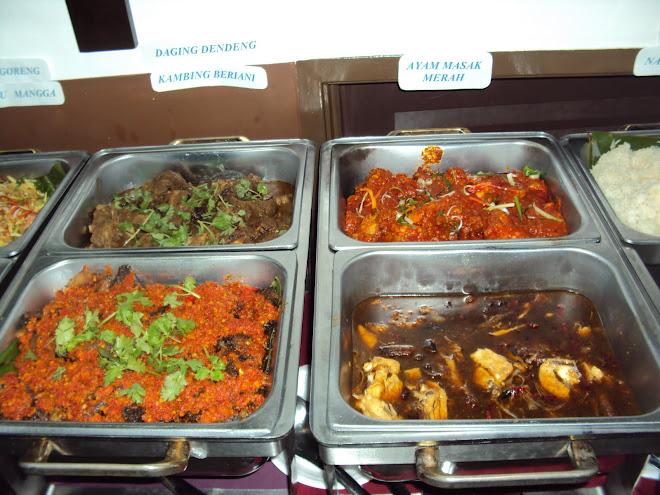 Daging dendeng, Kambing Beriani, Ayam Masak Merah, Ayam Masak Oyster