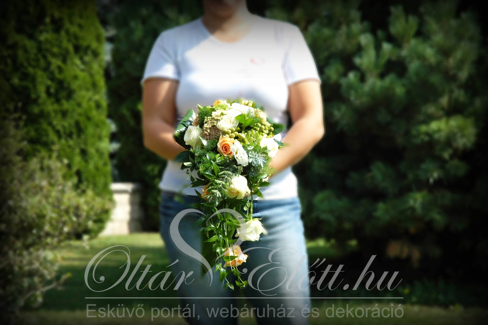 Menyasszonyi csokor mezei virágokból