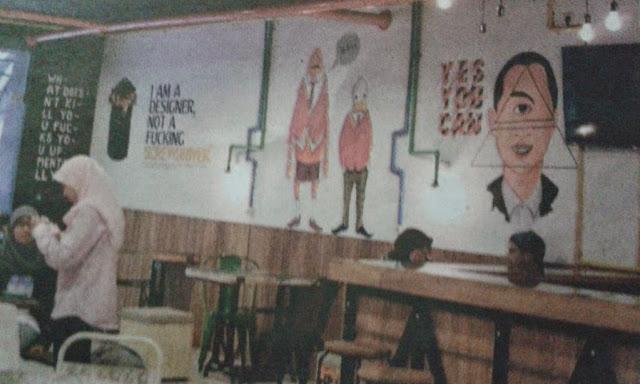 http://asalasah.blogspot.com/2015/05/mui-suruh-hapus-gambar-dajjal-di-kafe.html