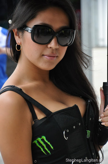 Gambar foto Gadis payung sexy motoGp15.jpg