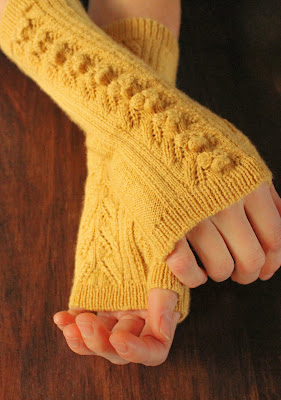 https://www.etsy.com/listing/175739585/pdf-pattern-knitting-fingerless-lace?ref=shop_home_active_3