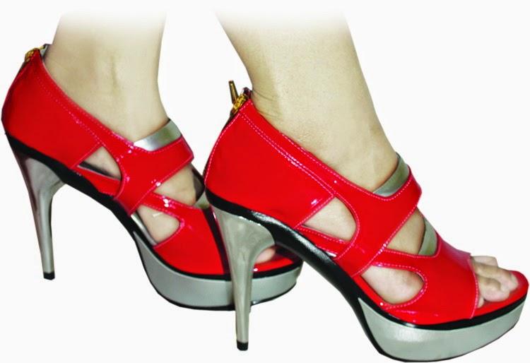 Fashion Sepatu Untuk Bergaya Wanita Dan Pria