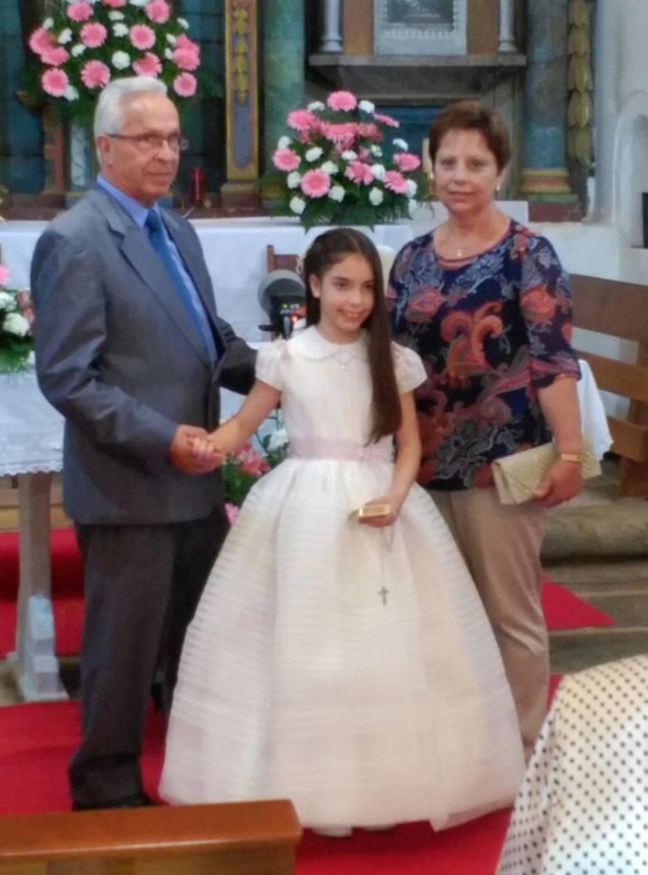 Jesus Clviño y su esposa y nieta Raquel