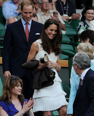 kate middleton brown coal white dress
