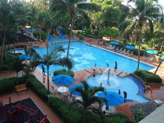 http://4.bp.blogspot.com/-vGI8XbIUhcs/UWd624KuIDI/AAAAAAAAMDs/xjkIkMKgueM/s1600/Mahkota+pool.jpg