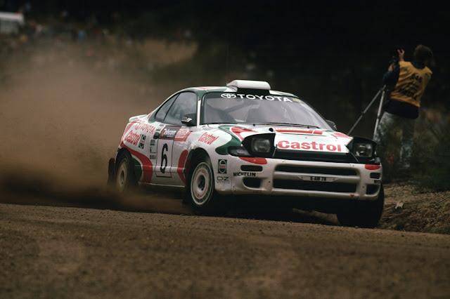 Toyota Celica ST185 GT-Four, kultowy model, legendarna rajdówka, japoński sportowy samochód, z napędem na cztery koła, szuter, rajdy, upalanie, OZ, AWD, 3S-GTE