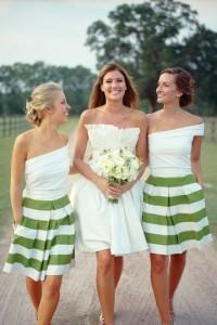 Vestidos cortos para una boda en la playa