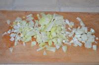 Суп харчо: Лук нарезать кубиками
