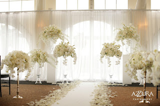 white orchids, luxury wedding, wedding ceremony at Newcastle Golf