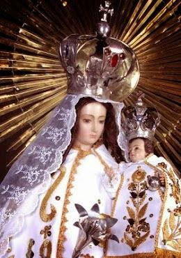 Madre nuestra... Amparanos  en Tiempo Pascual