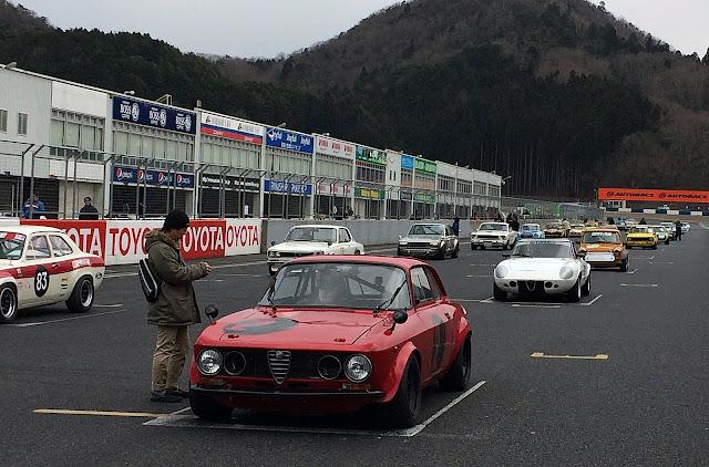 Nissan Skyline GT-R KPGC10, klasyczne japońskie sportowe samochody, włoskie klasyki, Alfa Romeo, Hakosuka, Japonia, wyścigi, pasja, sportowe auta